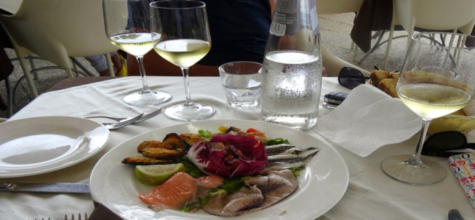Food & Wine - Around The Sun